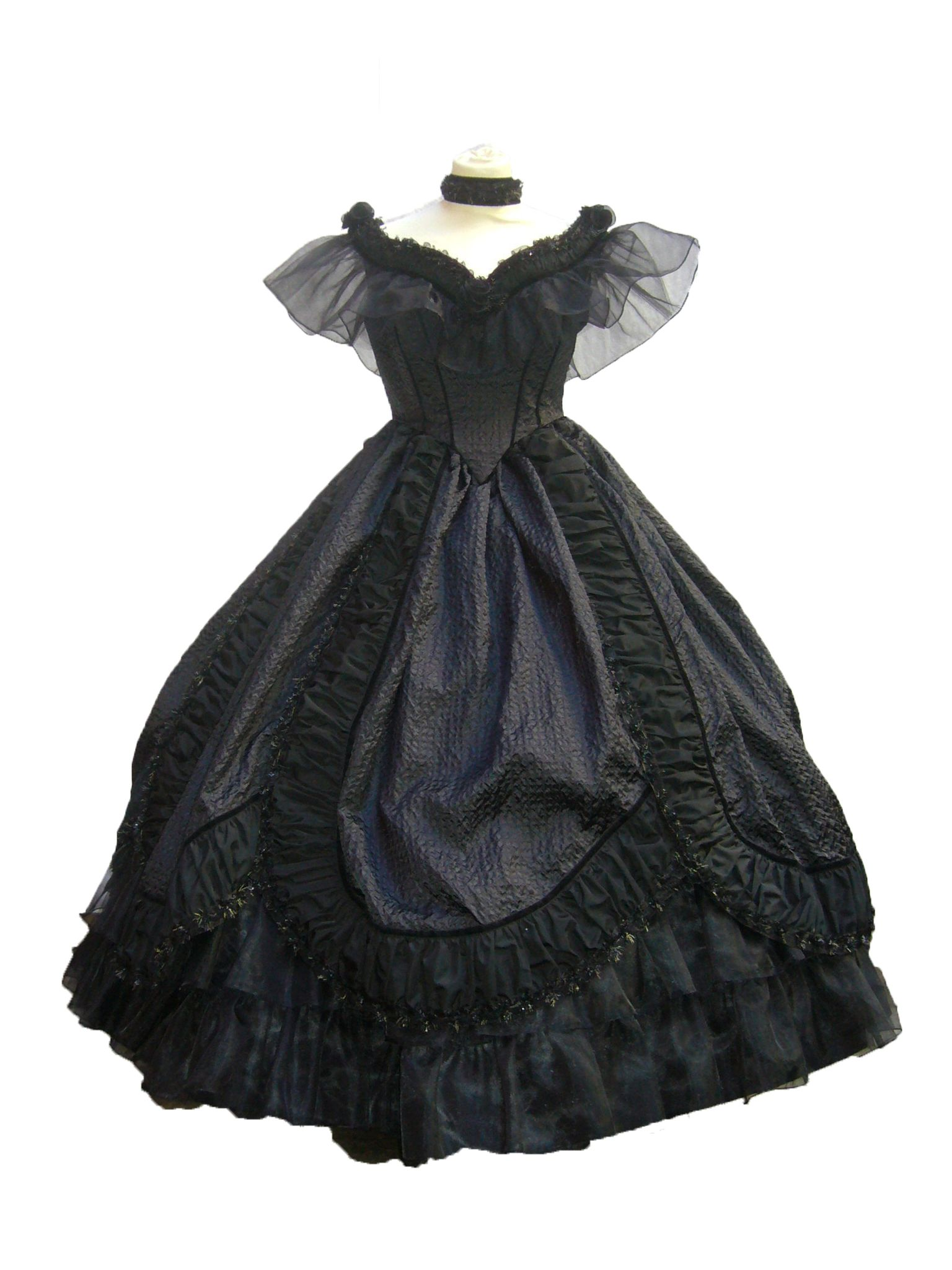 """Venice Atelier: historical costume 1800s #historical #costume #dress #carnival #1800s #19th_century #venice #veniceatelier  In """"Hearts of Strangers"""" Miz Maureen chose to wear a black taffeta gown to the opera.  Her only embellishment was her silver and diamond tiara."""