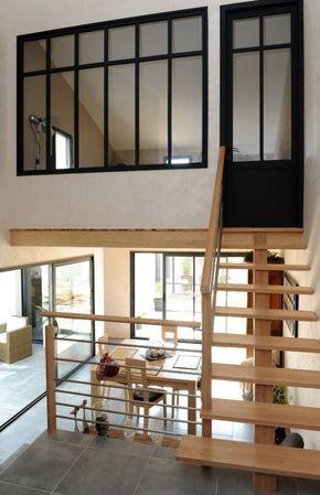 Une maison organisée autour de son patio Mezzanine, Lofts and