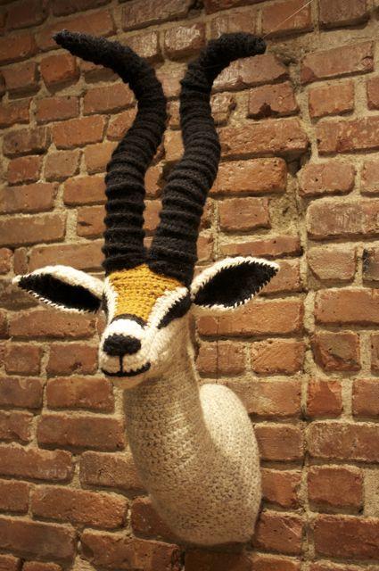 crochet taxidermy | yarns, art sculptures and crochet, Deco ideeën