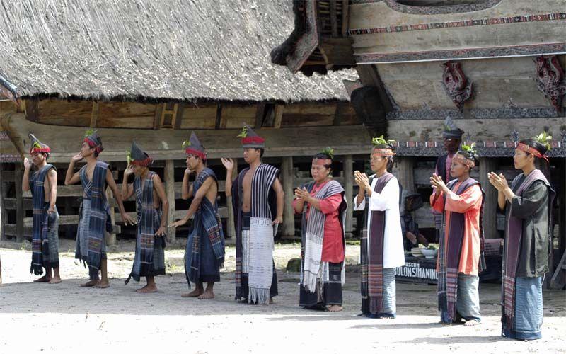 Een Batak Dorp Nabij Het Toba Meer Rondreis Vakantie Indonesie Sumatra Toba Meer Indonesie Rondreizen Archipel
