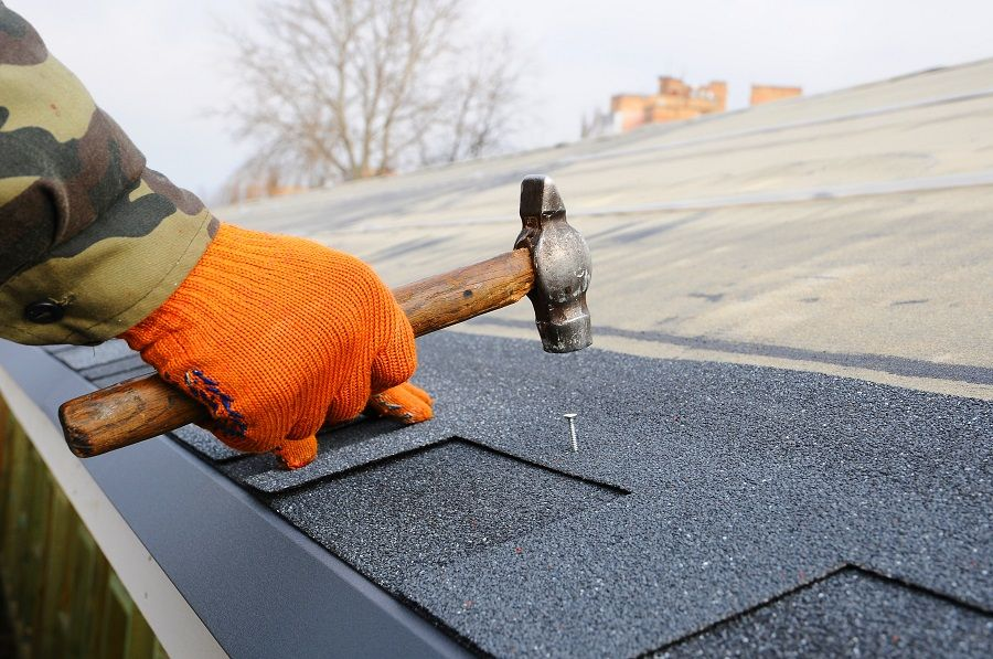 Find Out Top 7 Benefits of Availing Roof Repair Solutions
