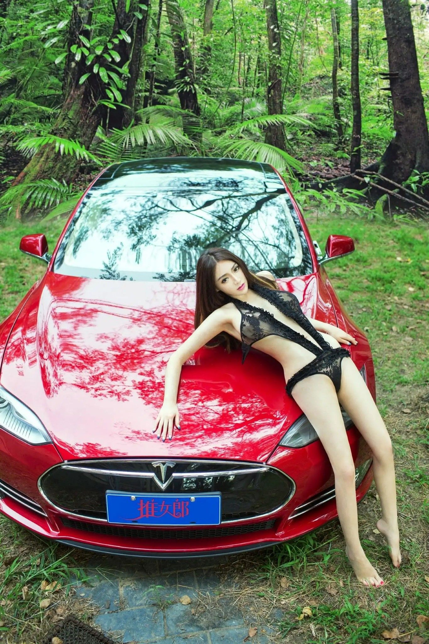 Can Japanese car girls nude join