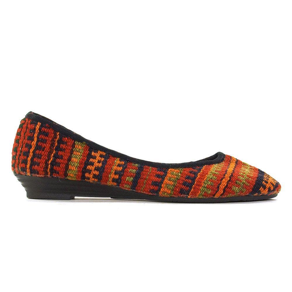 87923e7ca9b2b Kilim Ballet Flats Vintage 90s Slip on Carpet Loafers Woven Ethnic ...