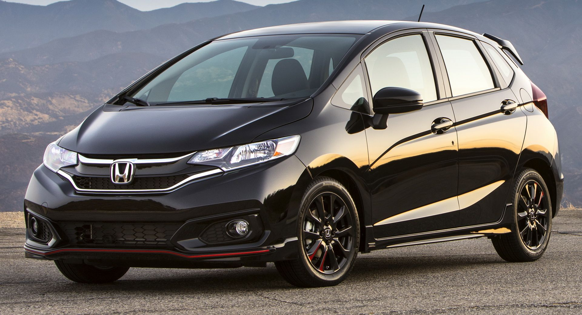 2020 Honda Fit Arrives In Dealerships With Simplified Range Same 17 120 Starting Price With Images Honda Fit Honda Dealership