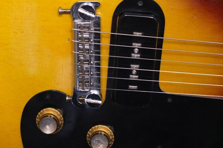 Melody Maker with alnico staple pickup