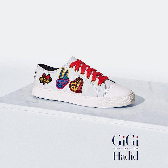 Depuis l'automne dernier, la mannequin Gigi Hadid s'est associée avec la  marque Tommy Hilfiger pour proposer des collections inédites. Ce printemps i