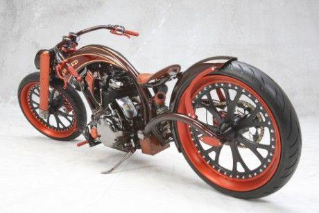 AFT Customs, Jim Giuffra, Martell CA, USA  Bike: Er Hed