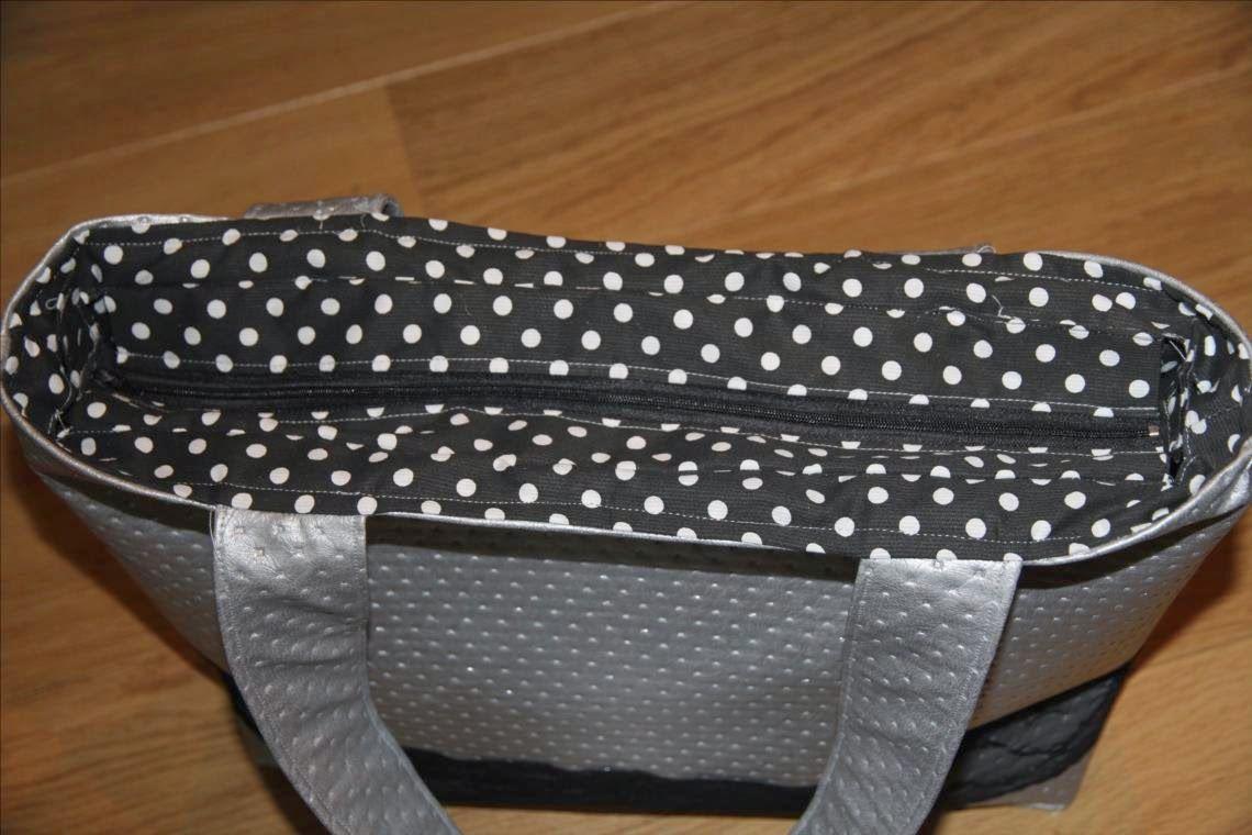 blog de couture avec tutos photos d taill s et s 39 adressant aux petites d butantes comme aux. Black Bedroom Furniture Sets. Home Design Ideas