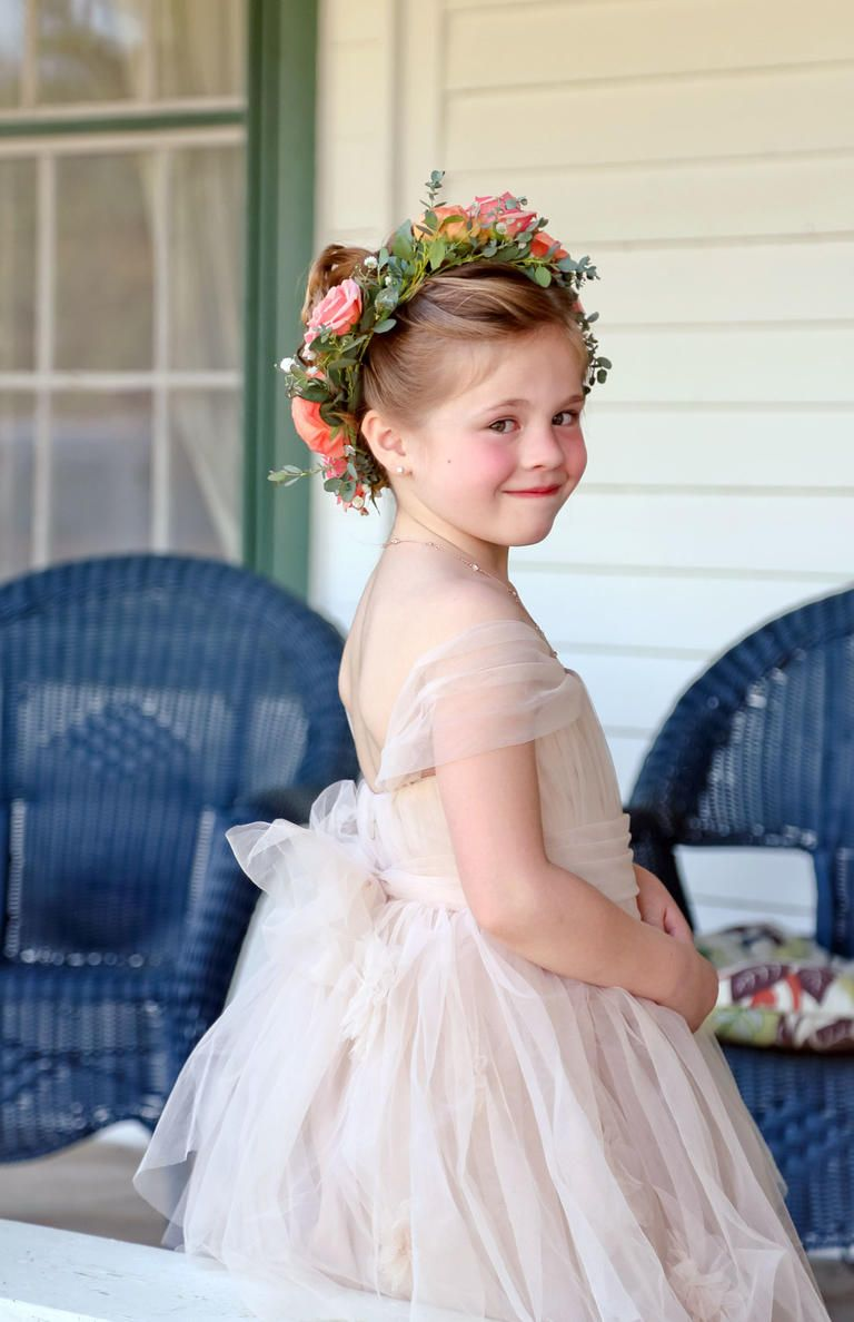 Flower crown wedding hairstyles for brides and flower girls flower flower crown wedding hairstyles for brides and flower girls izmirmasajfo