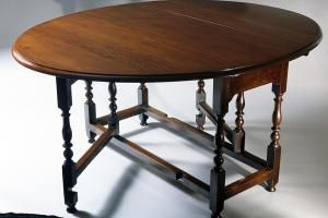 Identifying Antique Dining Table Styles And Types Antique Dining