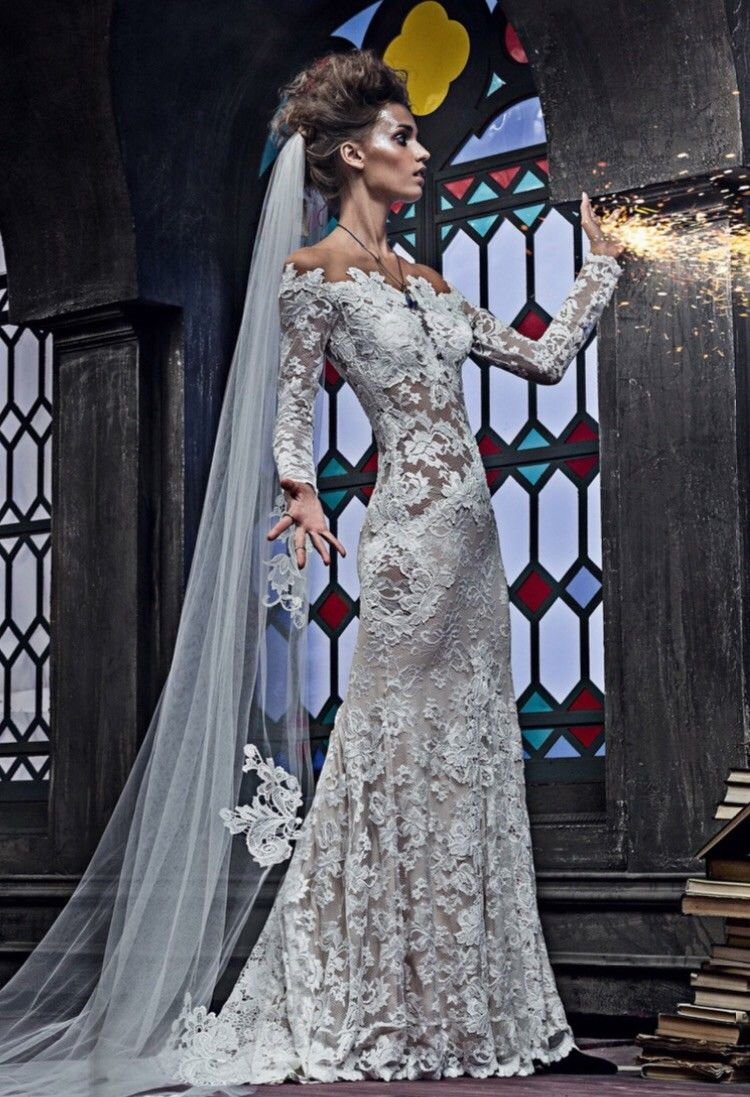 Cool awesome olvis lace wedding dress cool fashion pinterest
