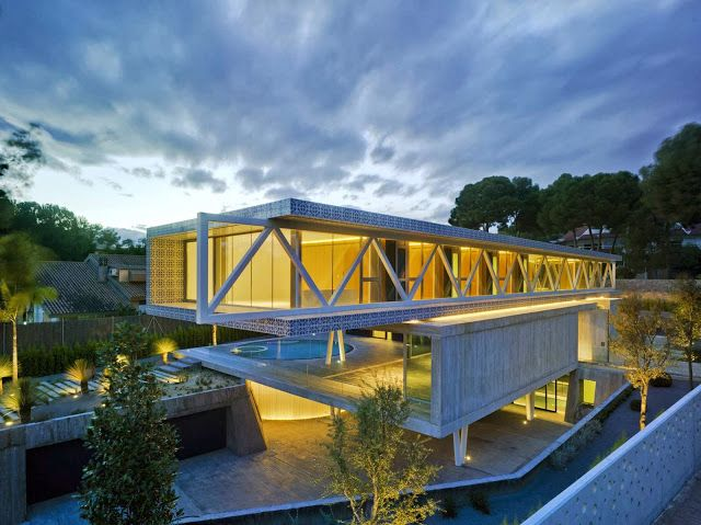 4 IN 1 HOUSE BY CLAVEL ARQUITECTOS. Espectacular!