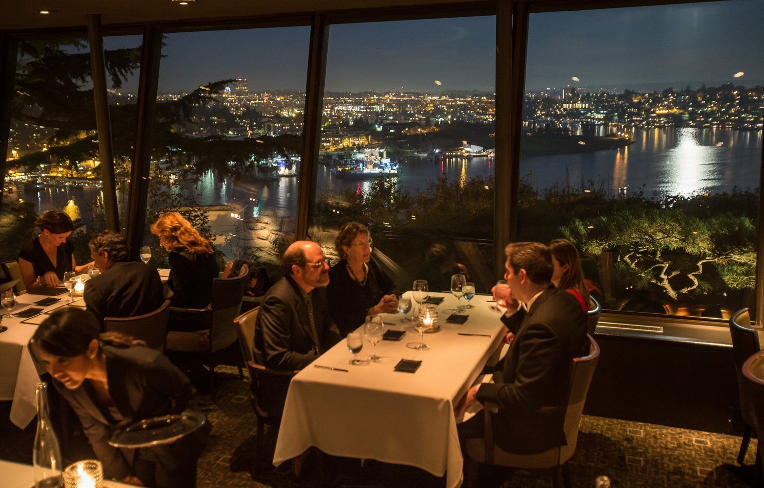 The 4 Best Special Occasion Restaurants For The Seattle Area Seattle Restaurants Special Occasion Dinner Seattle Area