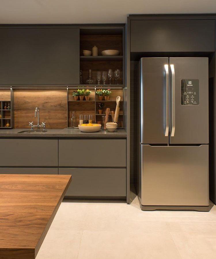 Modern Kitchen Design Ideas From Bangalore Homes  C2NyYXBlLTEtNWlCMVAz: Backsplash Into Backboard Shelves