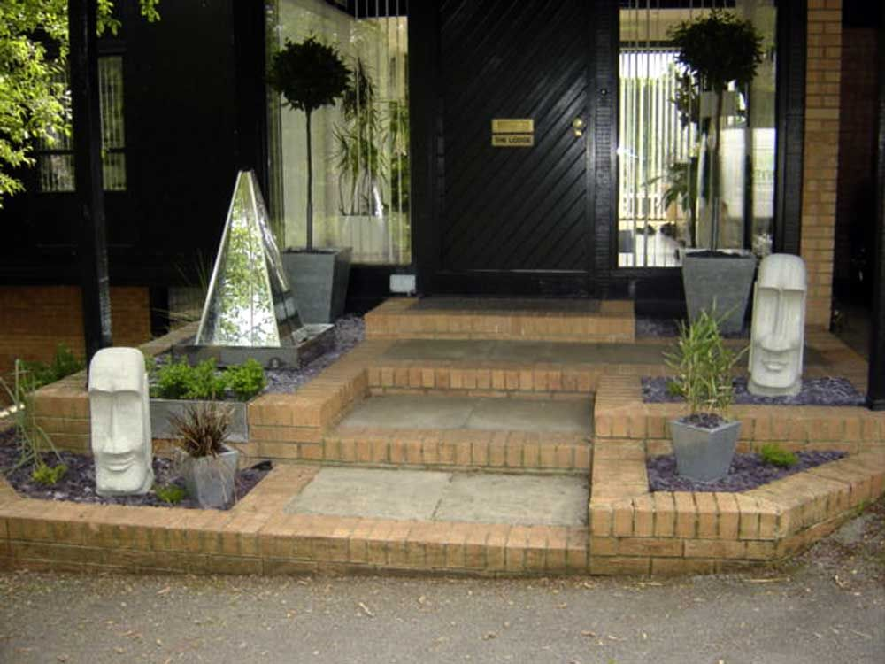 Decorative water features design Leeds | Landscape ...