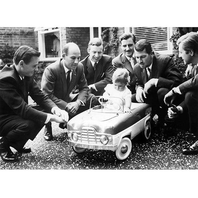 Bruce Mclaren Sir Stirling Moss Tony Brooks Graham Hill