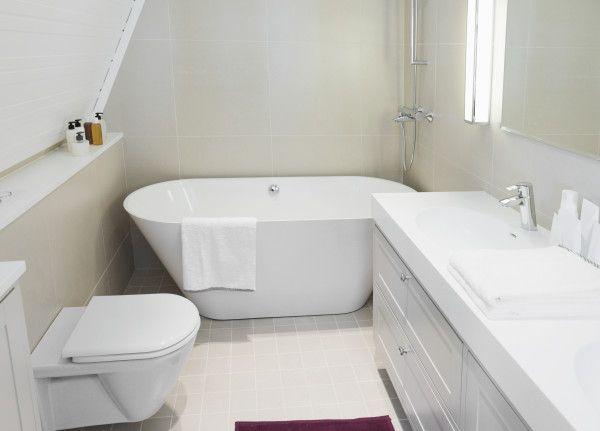Stand Alone Tub In Small Bathroom Google Search Small Bathroom