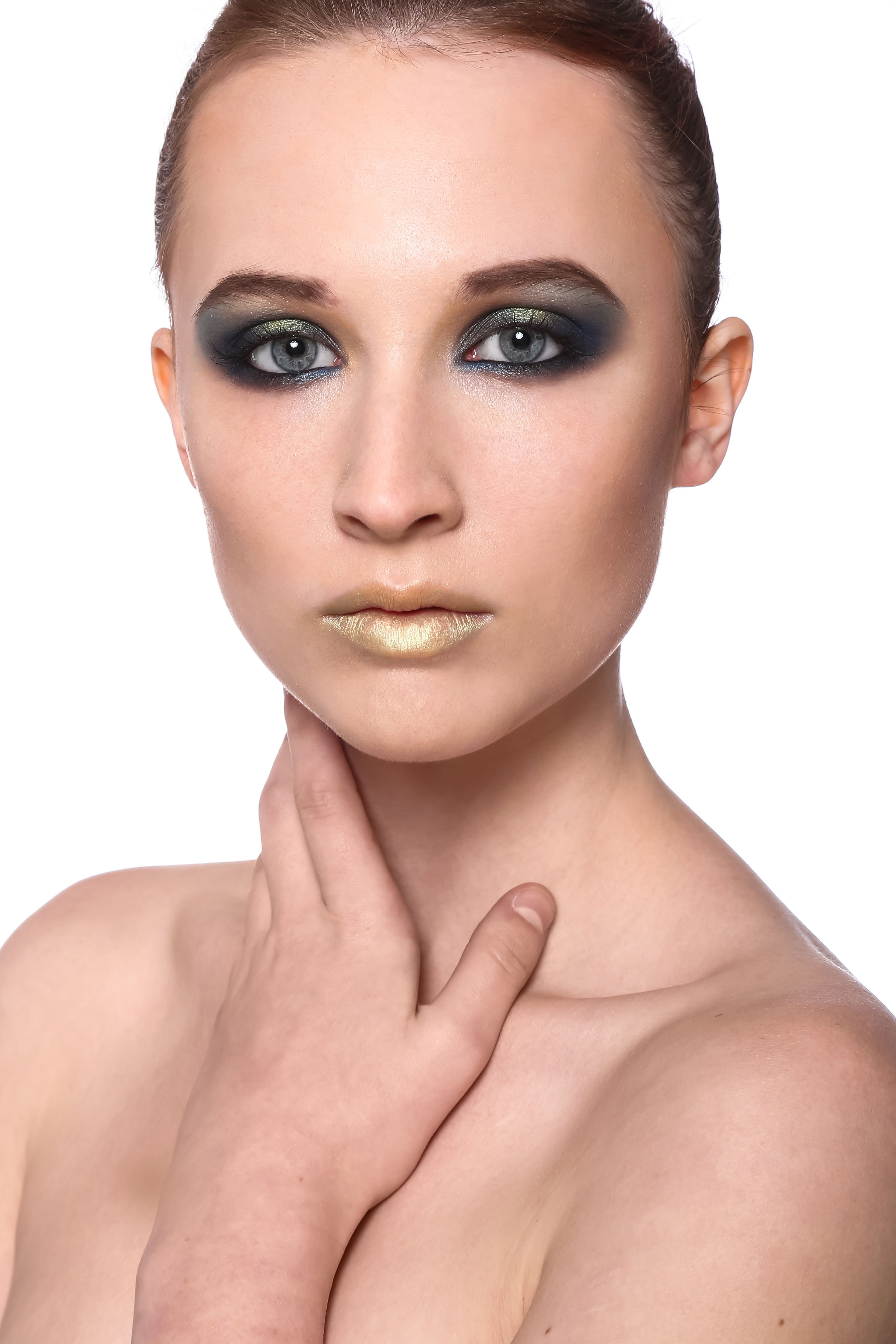 HMUA: Julia Chechik Model #MayaMoore W/ Maya Moore's Modeling Page Photogrpher: Edward Shtern #fashion #stylist #MayaMooremodel #Israel #TelAviv #Haifa #Jerusalem #photoofthday #Twitter #pinterest #instagram #Facebook #Model #MUA #HMUA #Fashion #style #Spring #summer #Fall #Winter #beauty
