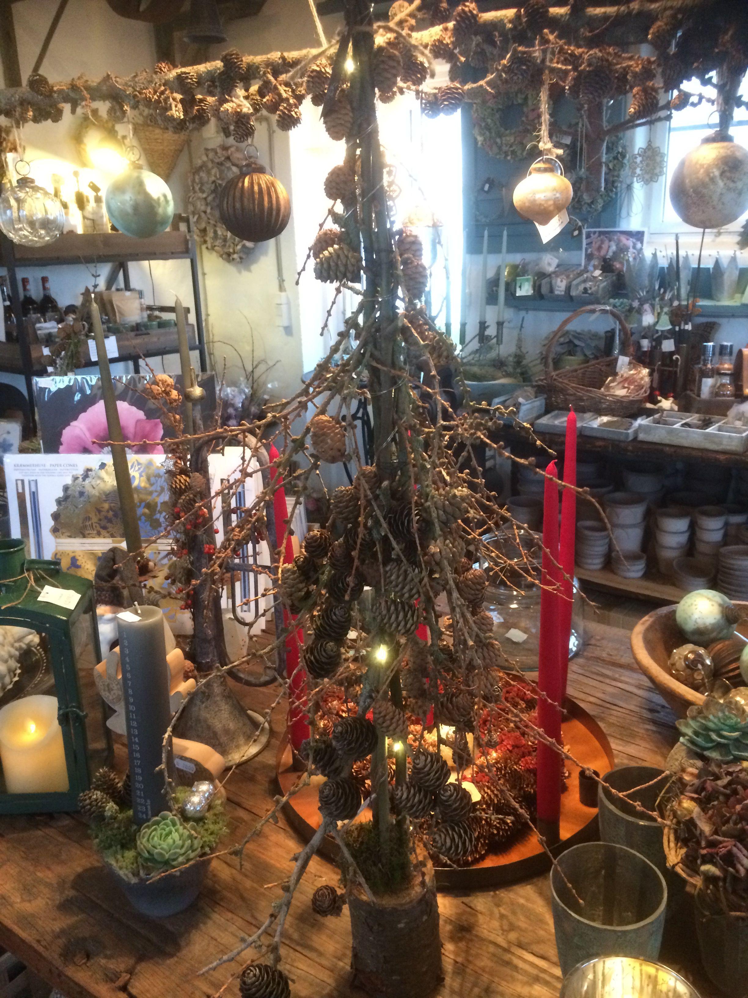 Juletræ af lærk fra Butik Landliv