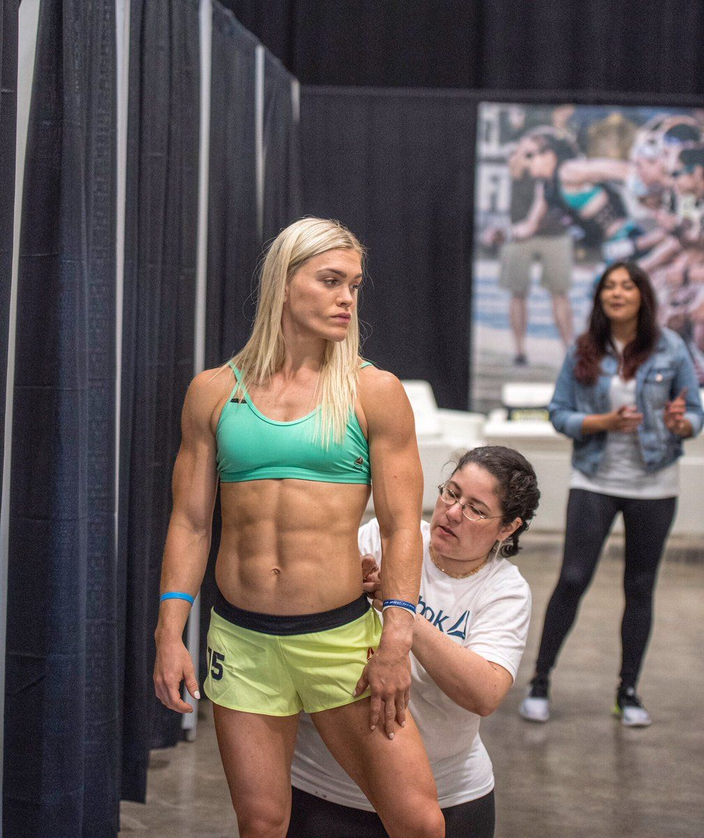 Two-Time Champ Katrintanja Checking In For The 2017 -9248