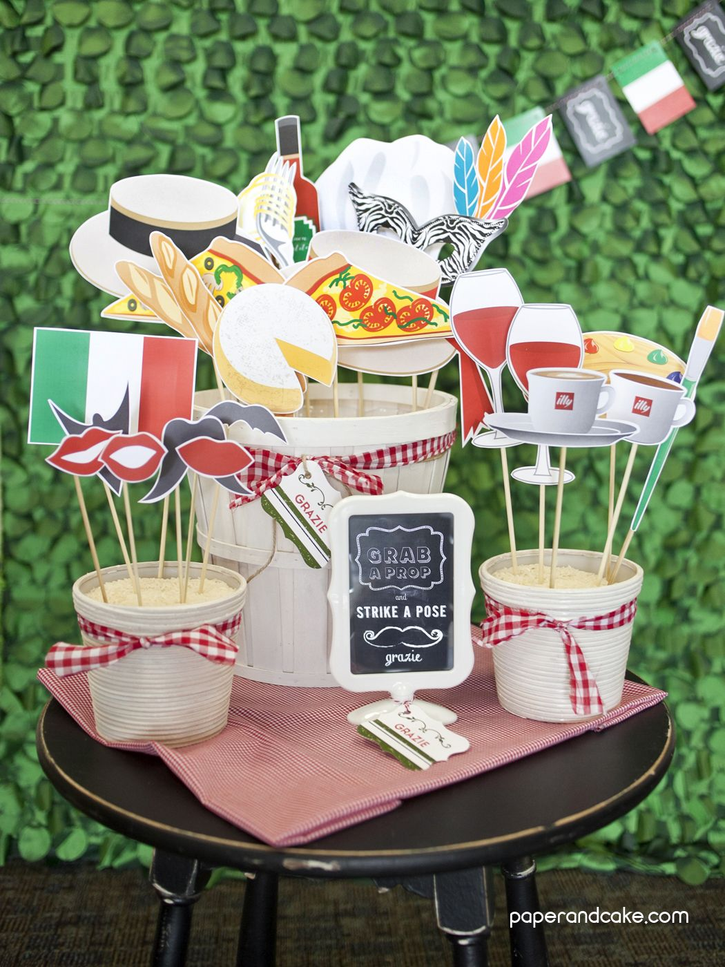 Italian printable photo booth props in 2019 photo booth for Italian party