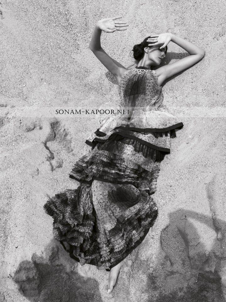 S.K Sonam Kapoor, Bollywood Actress, India, Photoshoot, Magazine