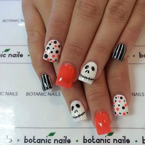 Ongles d\u0027Halloween orange, noir et blanc , Manucure Halloween