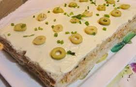 Resultado de imagem para torta de pão de forma com presunto e queijo