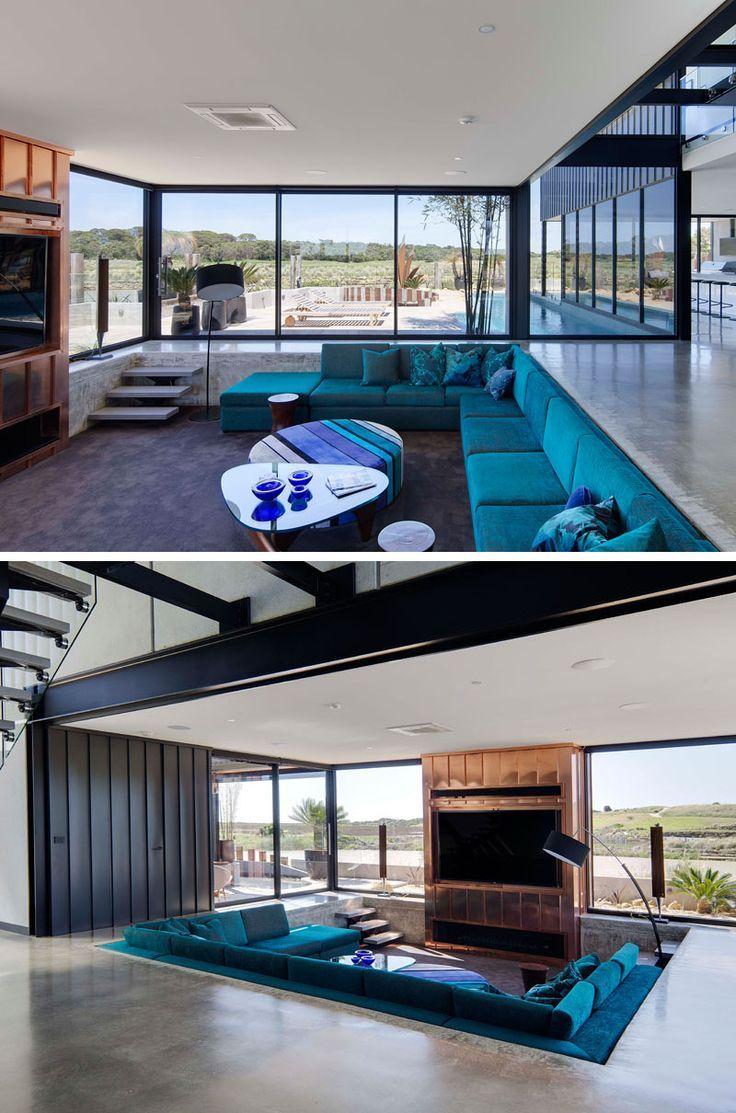 In Diesem Haus Ist Das Wohnzimmer In Den Boden Gesunken So Dass Es Wohnzimmer Ideen Haus Wohnzimmer Haus Innenarchitektur Haus Design