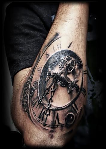 Nőknek intim tetoválás Csillag tetoválás