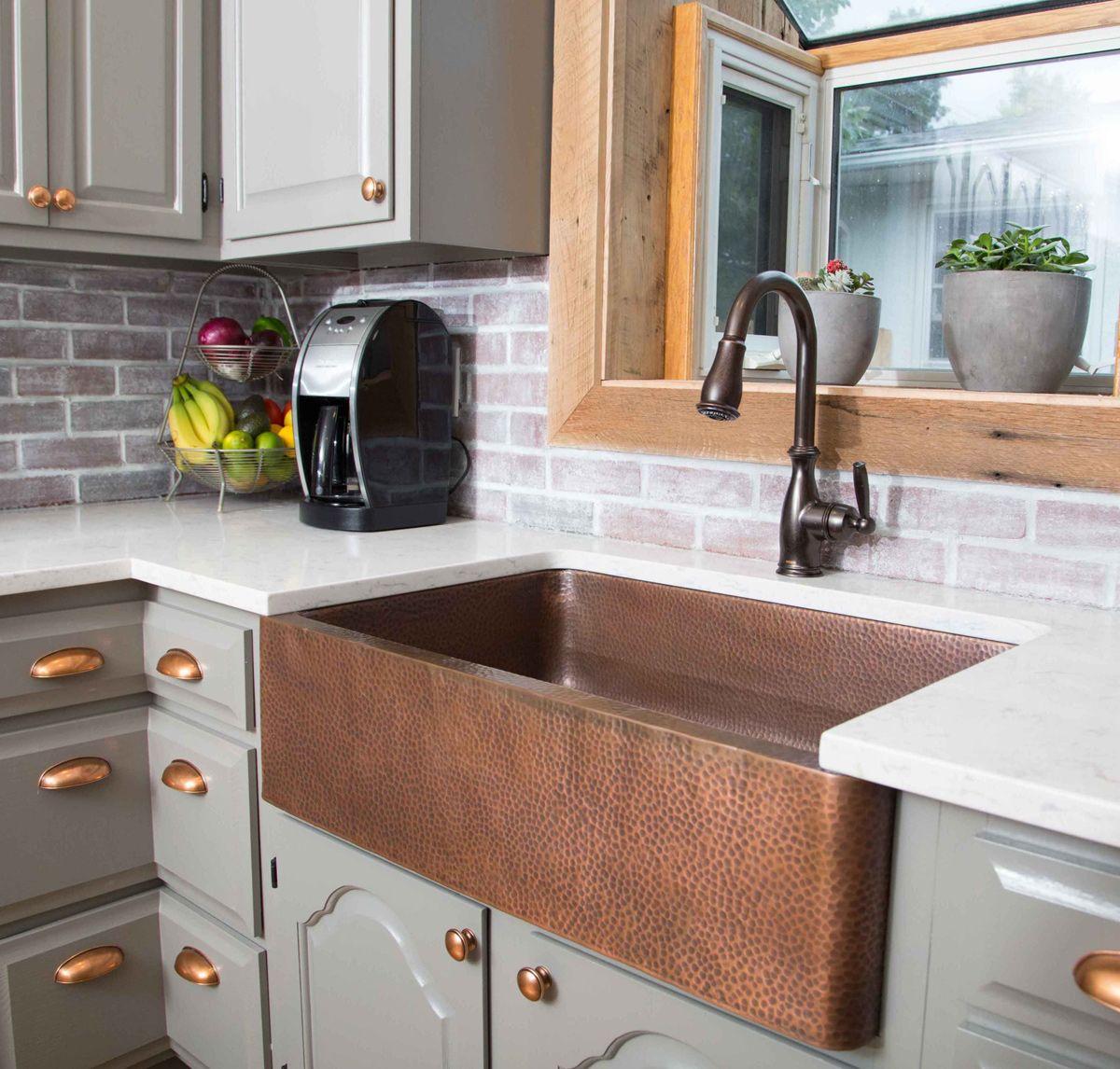 cuisine lustres en cuivre d co maison. Black Bedroom Furniture Sets. Home Design Ideas