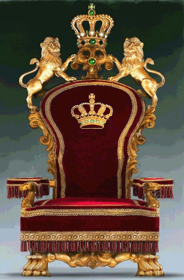 Royal Throne In Castle Buscar Con Google Thrones In