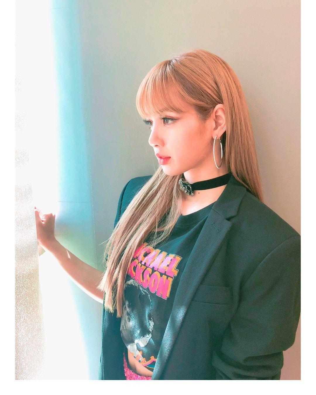 Lisa 2018 New Look Lisa Blackpink Pinterest Blackpink Lisa