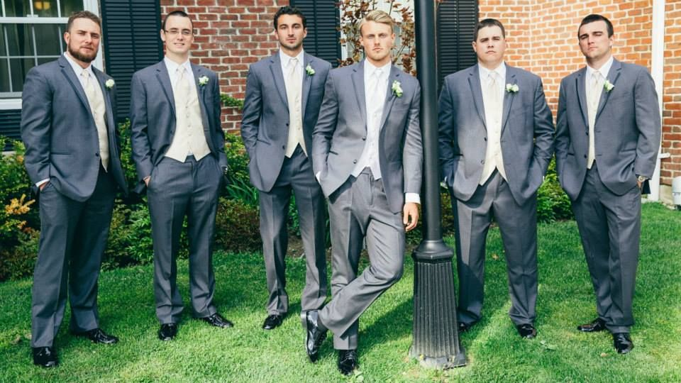 The men lookin' incredible in their Vera Wang Tux #studs