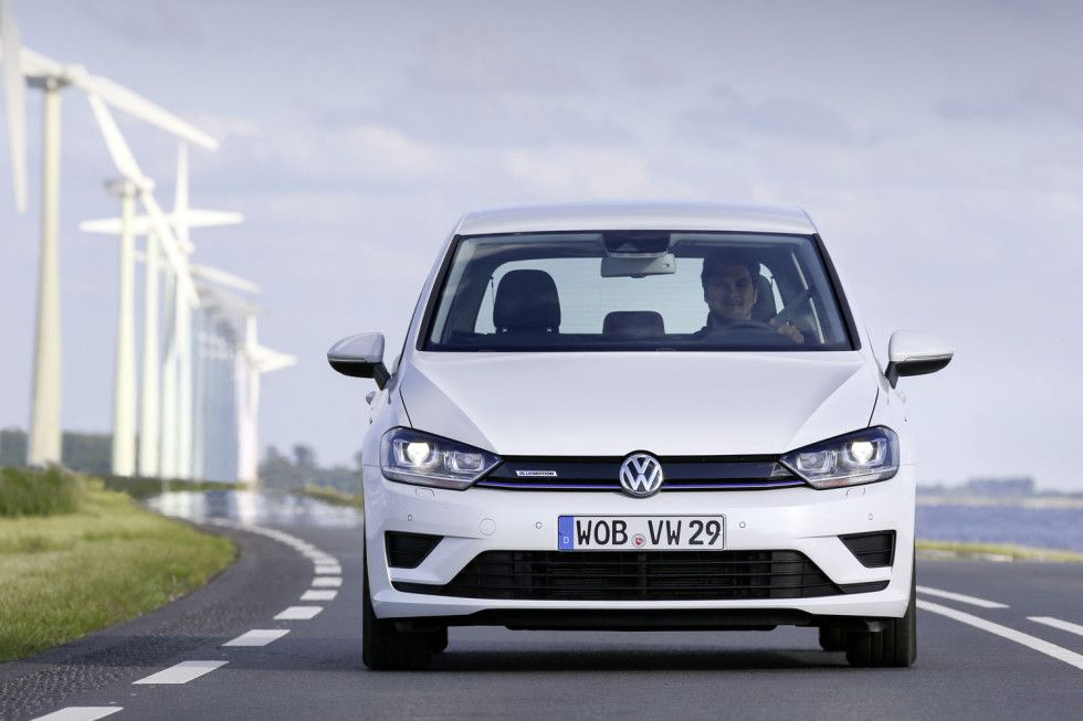 new price release volkswagen golf sportsvan review front. Black Bedroom Furniture Sets. Home Design Ideas