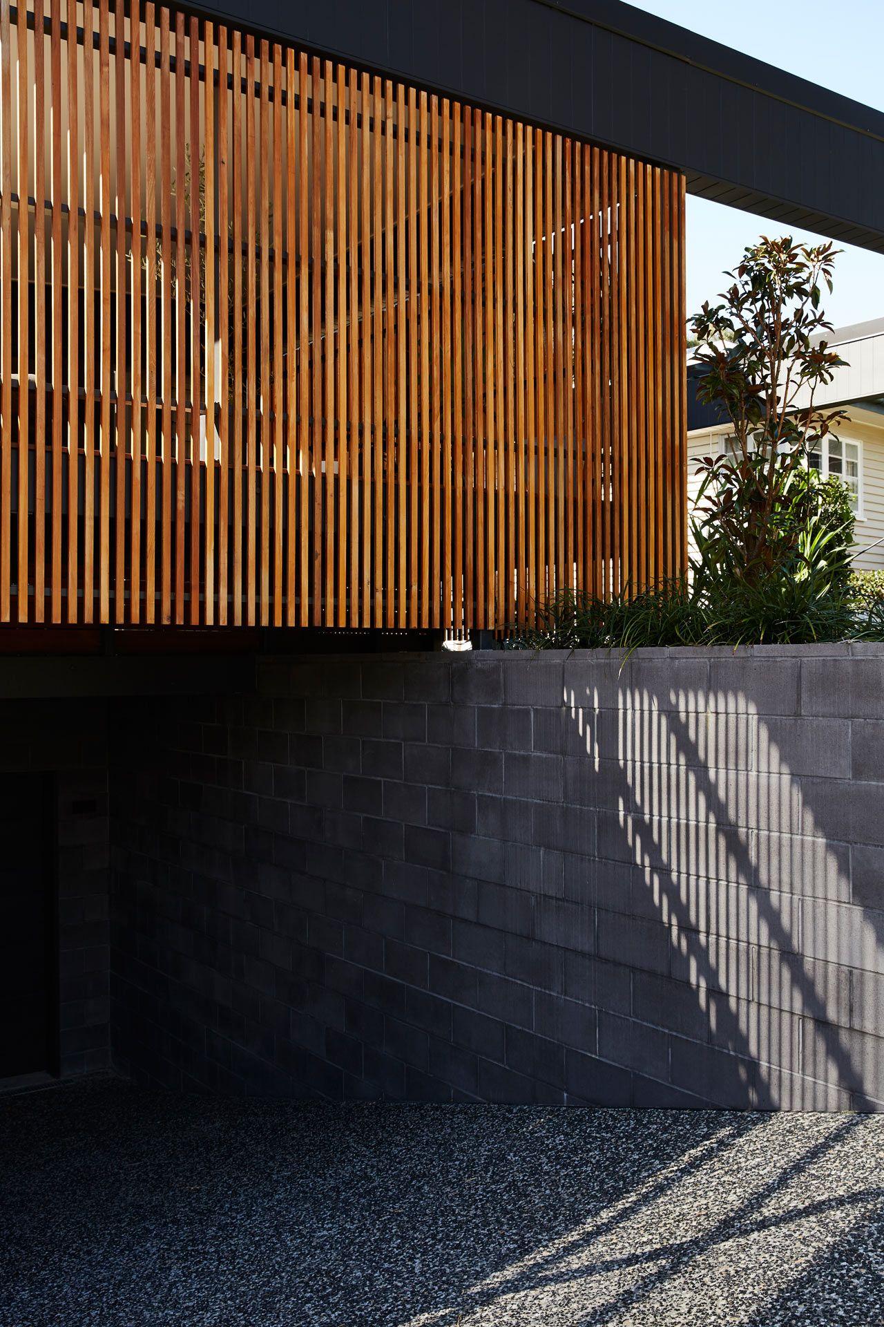 4, Build Garagecarport, Fence Of Top As