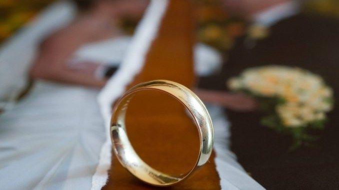 DIVORZIO:+ADDIO+AL+MANTENIMENTO+DELLA+MOGLIE....