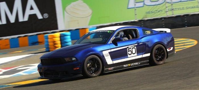 BOSS 302 Race Car Build Thread & BOSS 302 Race Car Build Thread | Ford Mustang Track Builds ... markmcfarlin.com