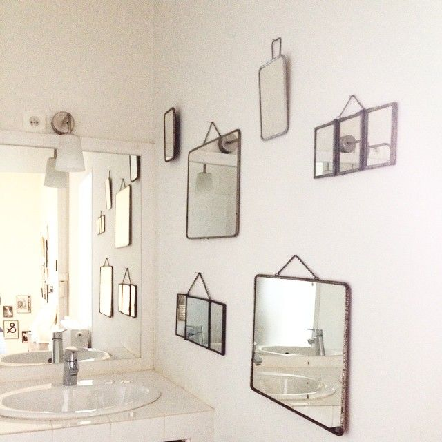 Apartments Mirrors On The Wall
