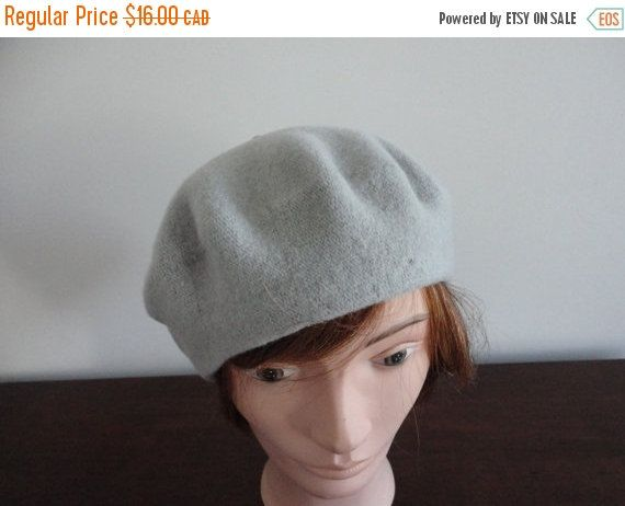 On Sale Vintage Grey Wool Beret Women Hat Small 10