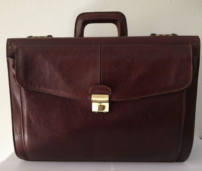 Vintage darkred leather Texier pilot case  or officebag by MORETHANVINTAGENL on Etsy