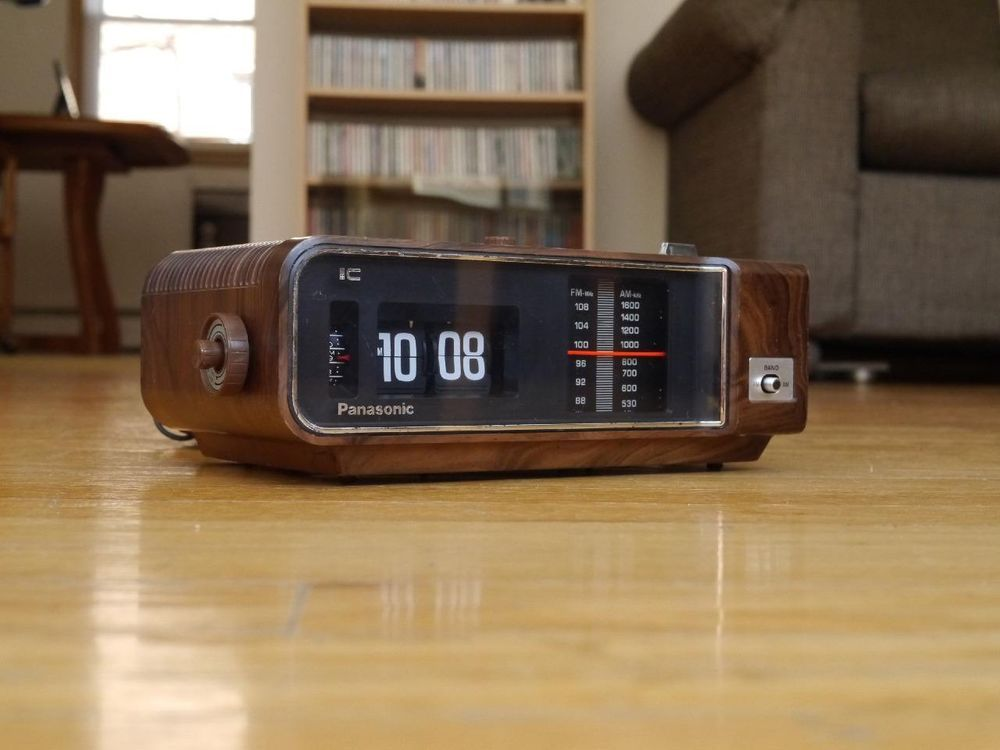 Panasonic Flip Clock Vintage Radio Alarm Danish No Country For Old Men Movie Vintage Radio Vintage Clock Radio