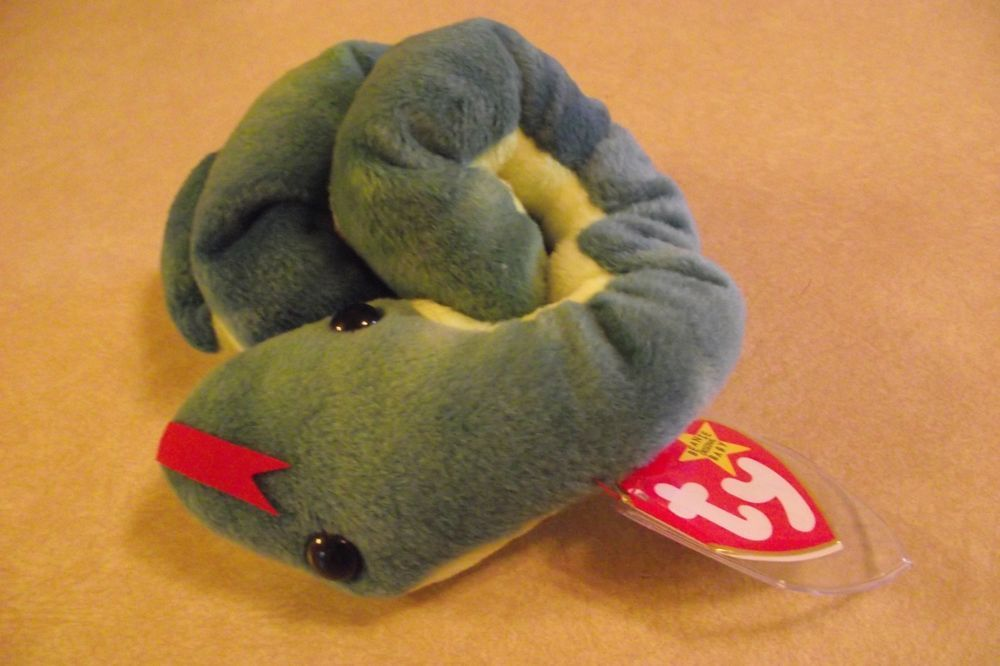 48f910088cb Ty Beanie Baby Hissy Original Retired 1997 Snake Plush Collectible Tag  Protector  Ty