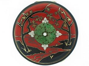 Art Deco Chinoiserie Compact with Jade and Diamonds in 14 K.