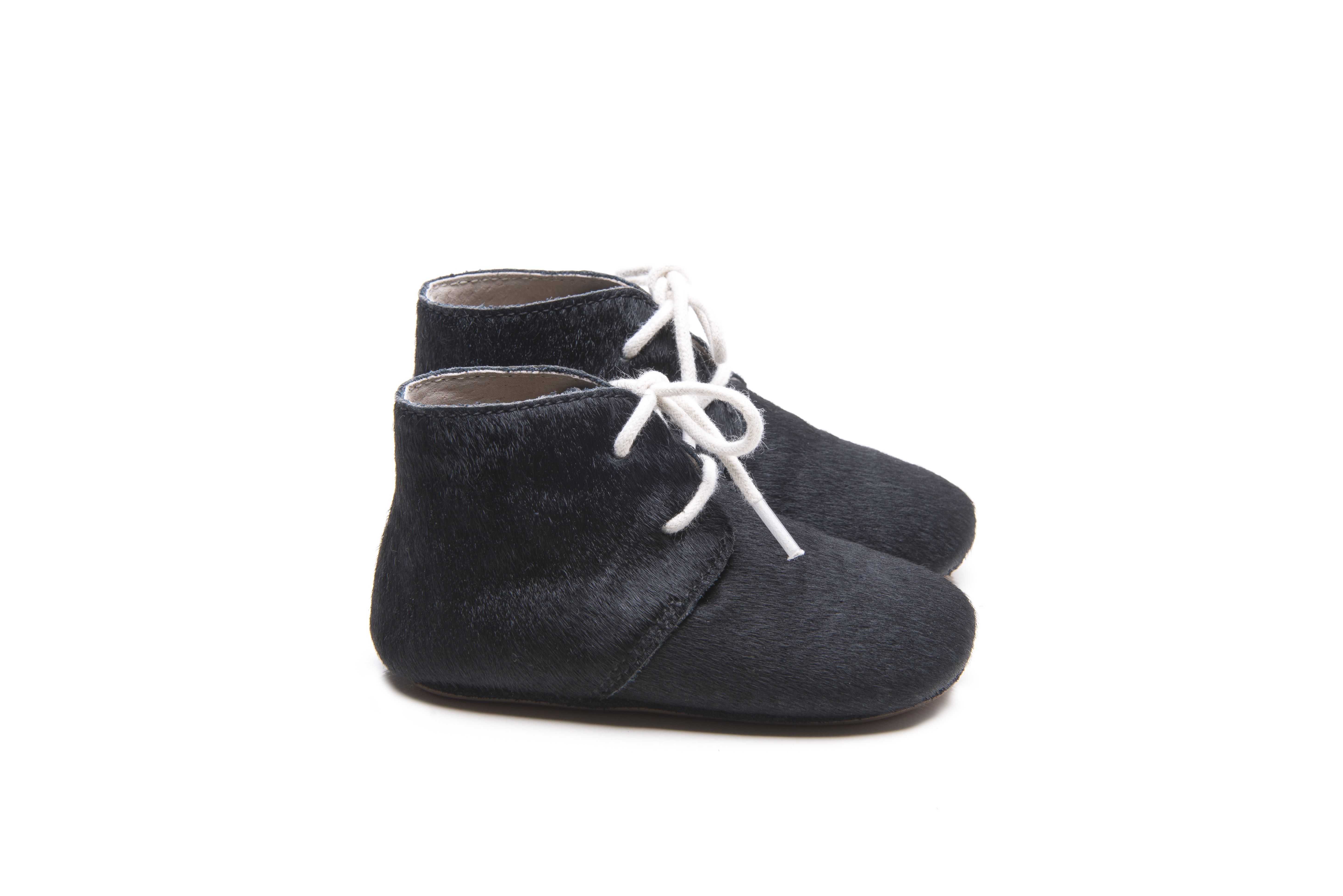 Mockies classic boots black hair  Babyshoes