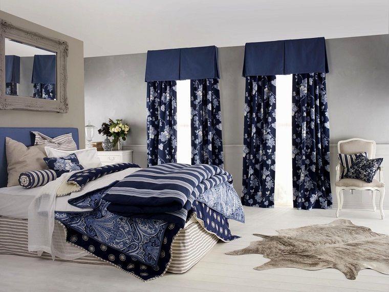 tende-da-camera-da-letto-fiori-bianchi-sfondo-blu | Tende da camera ...