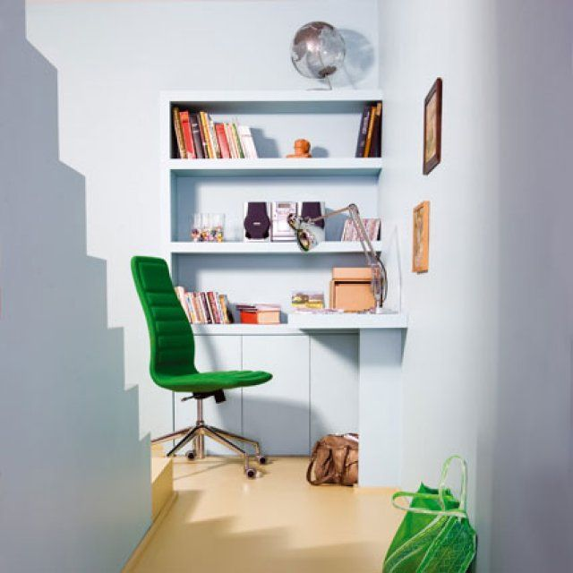 les 25 meilleures id es de la cat gorie dessus de bureau sur pinterest tag re au dessus. Black Bedroom Furniture Sets. Home Design Ideas