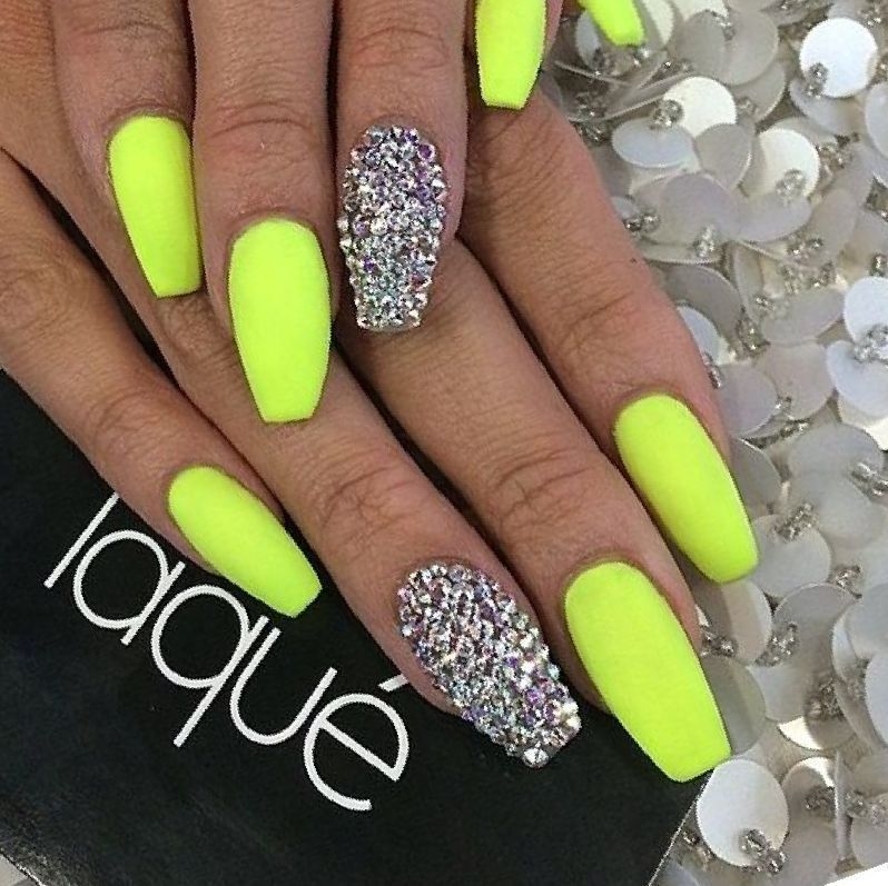 Lime Green Nail Designs 27 Great Ideas In Pictures Fashion Pix Green Nail Designs Lime Green Nails Neon Green Nails