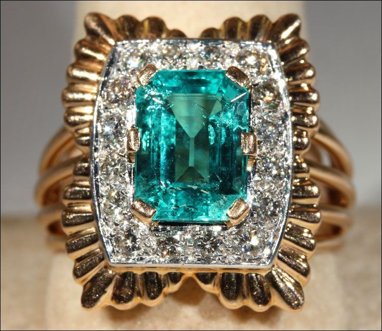 Vintage 1960's 2.4ct Emerald and Diamond French Cocktail Ring