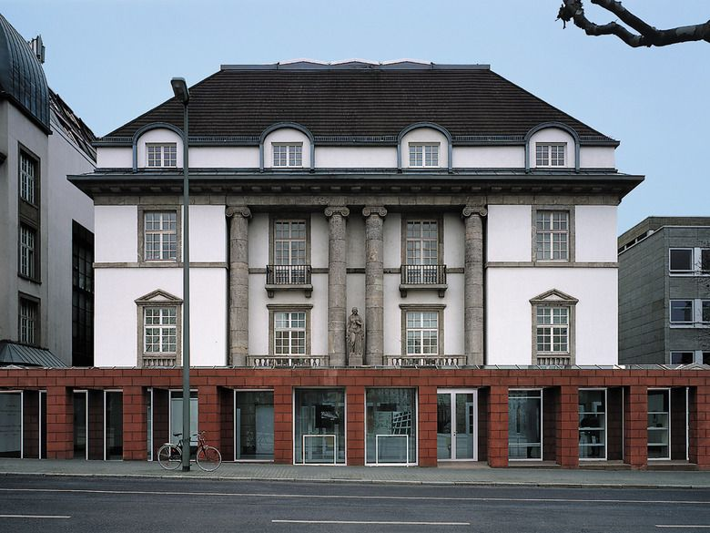 German architecture museum in frankfurt am main detail for Design museum frankfurt